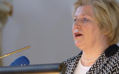 Ministerin Rundt verkündet den Start der neuen Modellförderung